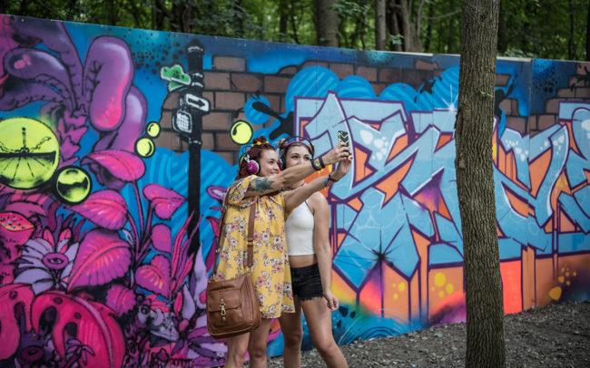 Firefly - Gorey Stae2 Selfie